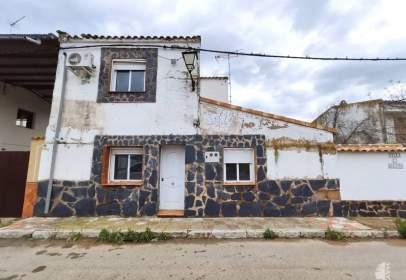 Casa adosada en Alcoba