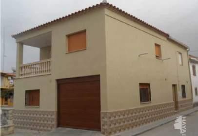 Flat in calle Almendro, nº 56