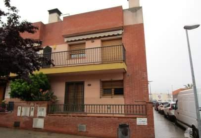Casa adossada a calle Mossen Pere Ribot, nº 161