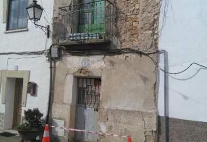 Casa adosada en Los Santos de La Humosa