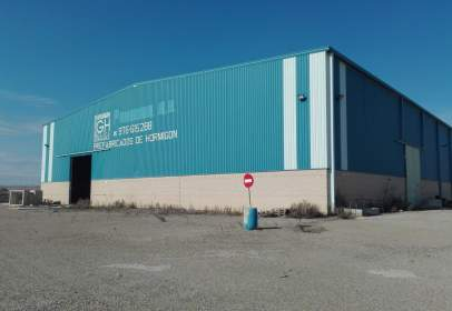 Industrial building in Carretera de Logrono