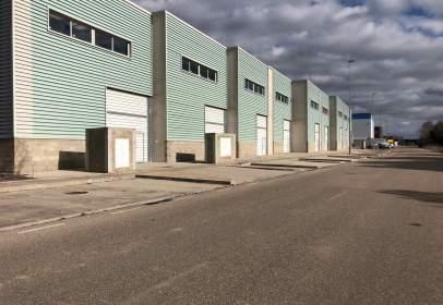 Nave industrial en calle La Acena