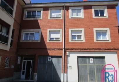 Apartamento en calle de la Iglesia, cerca de Calle de la Independencia
