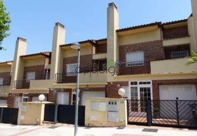 Casa adosada en Aguas Vivas-Las Lomas-Alamín