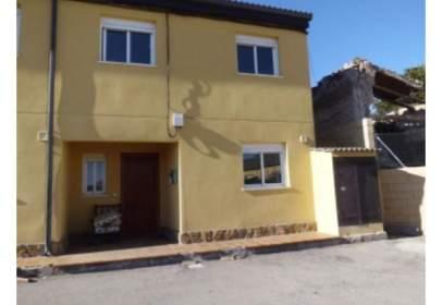 Casa adosada en Brea de Tajo