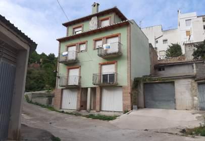 Casa adosada en calle Eras Pantano 5   Planta Bajo Puerta B