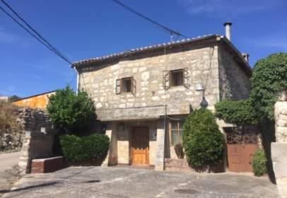 Casa en Riocerezo