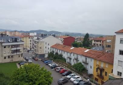 Piso en calle Avda Bilbao, nº 216