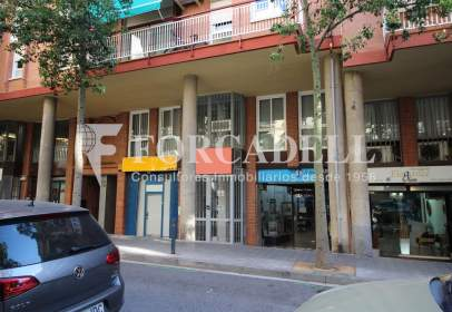 Local comercial en calle Galileu