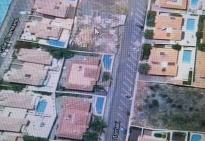 Land in calle Leonardo Torriani