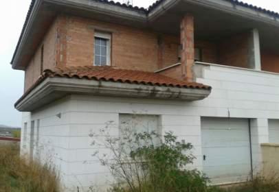 Casa en calle Buniel-Travesia del Rollo