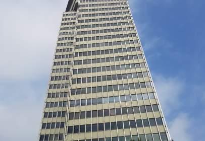 Oficina en calle Torre Colon