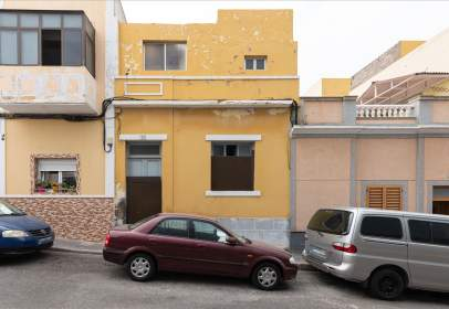 House in calle Guayedra, near Calle Fontanales