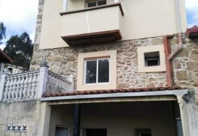 Casa adosada en Rúa Penaloureira, 48