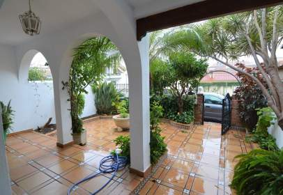 Chalet in Los Boliches