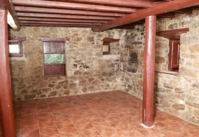 Casa en Campomanes
