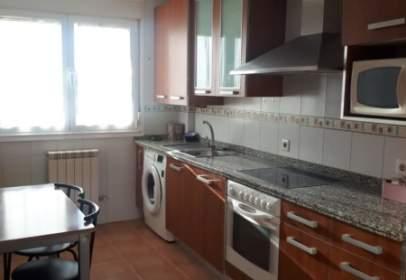 Apartment in Villaobispo de Las Regueras