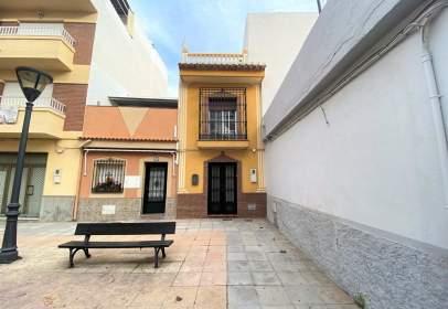 Casa en calle Cañas