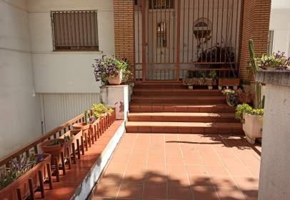 Casa adosada en Plaza de Toros-La Guija-Santa María-Ciudad Jardín-Los Rosales
