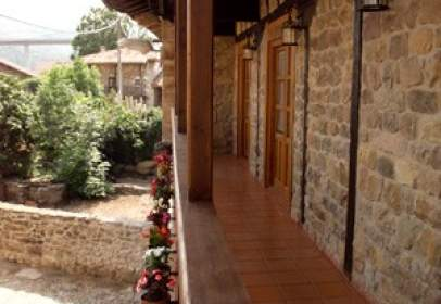 Casa adosada en calle Cullabajo