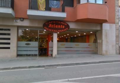 Local comercial en Avenida Montserrat