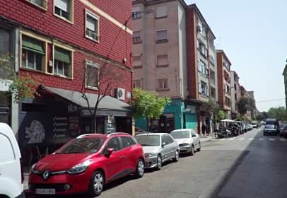 Local comercial a calle de la Batalla de Lepanto