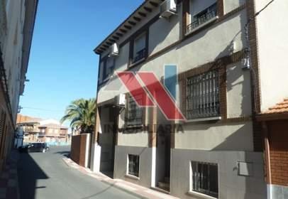 Casa adosada en calle Olivarejo, nº 10