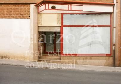 Local comercial a José Zorrilla - Padre Claret