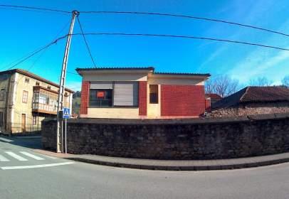Casa unifamiliar a calle Arenas de Iguña