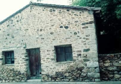 Edificio en calle de los Molinos