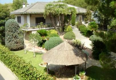 Casa unifamiliar a Urb. Santa Bárbara
