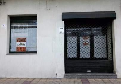 Local comercial en Avenida de la Constitución, nº 20