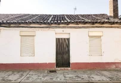Casa rústica en Avenida del Pisuerga, nº 15