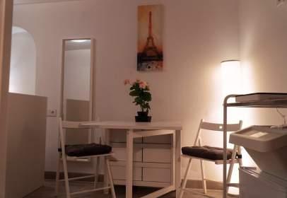 Studio in Plaça d'Antoni Riquer, nº 10