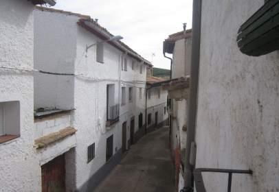 Flat in calle Meson, nº 10