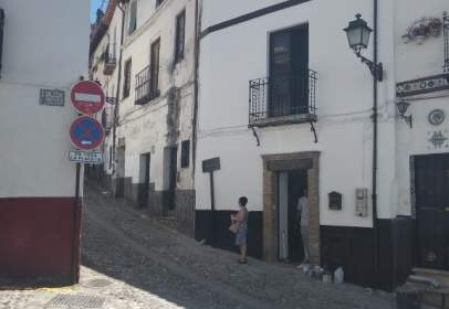Terraced house in Cuesta Alhacaba, nº 112