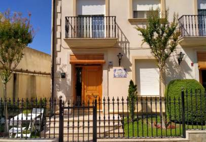 House in calle Virgen de Agres, nº 6