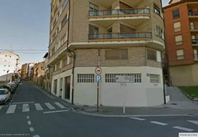 Local comercial en calle Navarra, nº 31