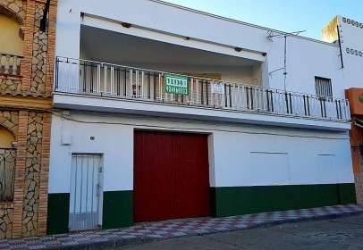 Casa unifamiliar en calle Cantarrana, nº 76