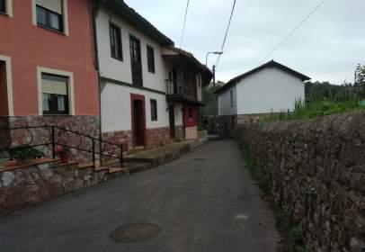 Casa adosada en Vía Priorio, nº 54