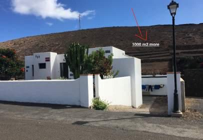 Chalet unifamiliar en calle Barbusano, nº 27