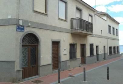 Casa adosada en calle de San Blas, nº 4