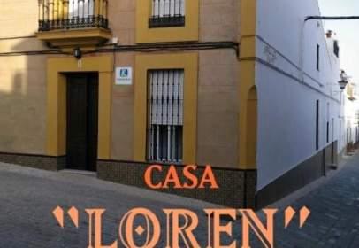 Casa adosada en calle de González Bravo, nº 1