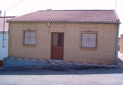 Casa rústica en calle de Cristóbal Colón, nº 8