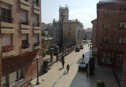 Piso en calle Julia de La Riva, nº 5