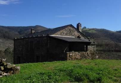 Casa rústica a Carretera La Cabana, nº 2