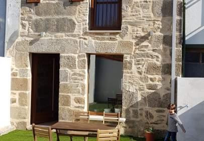 Rustic house in calle Hortas, nº 52