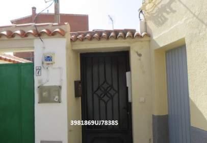 Casa adossada a calle Malpasillo