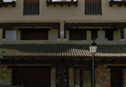 Edificio en Avenida Llanás, nº 5