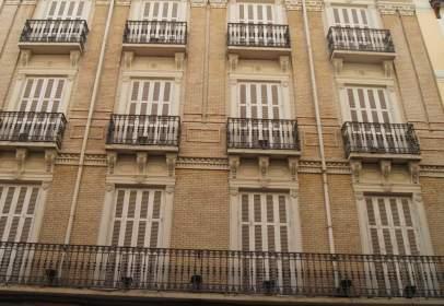 Edificio en calle Manifestación, nº 38